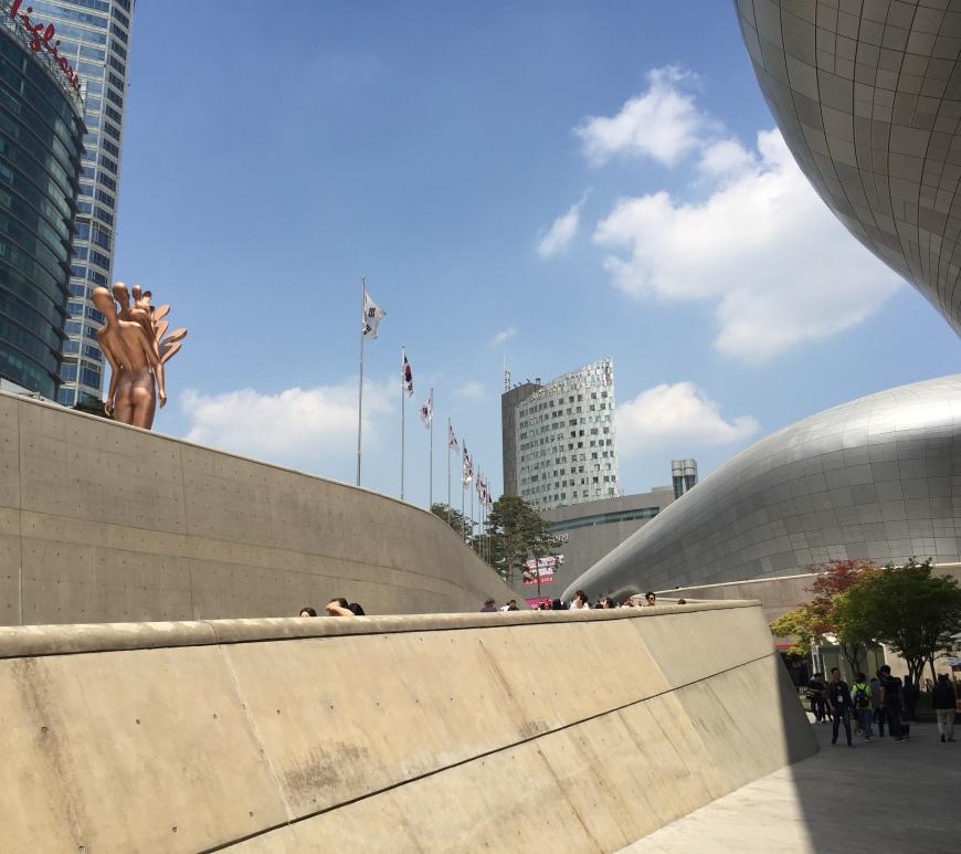 Visiting Dongdaemun Design Plaza Seoul International Handmade Fair
